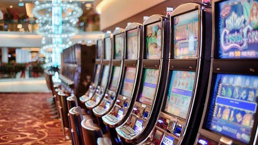 Du kan spela på spelautomater på nätet